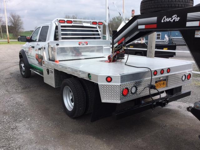 Aluma Aluminum Truck Beds Davis Trailer World Rochester Ny